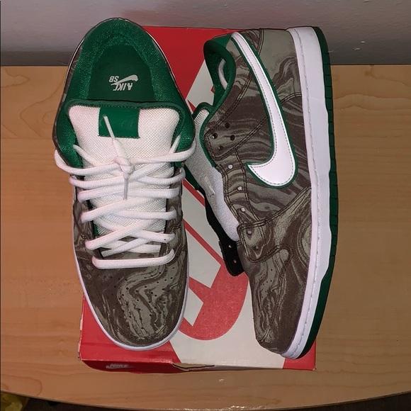 online retailer 1846b 43f62 Nike Dunk Low Starbucks